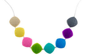sweet pea teething necklace